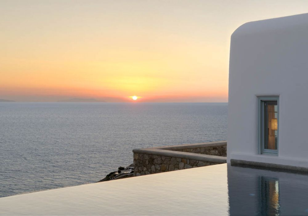 Above Kapari,Mykonos,Greece 84600,9 Bedrooms Bedrooms,9 BathroomsBathrooms,Villa,1021