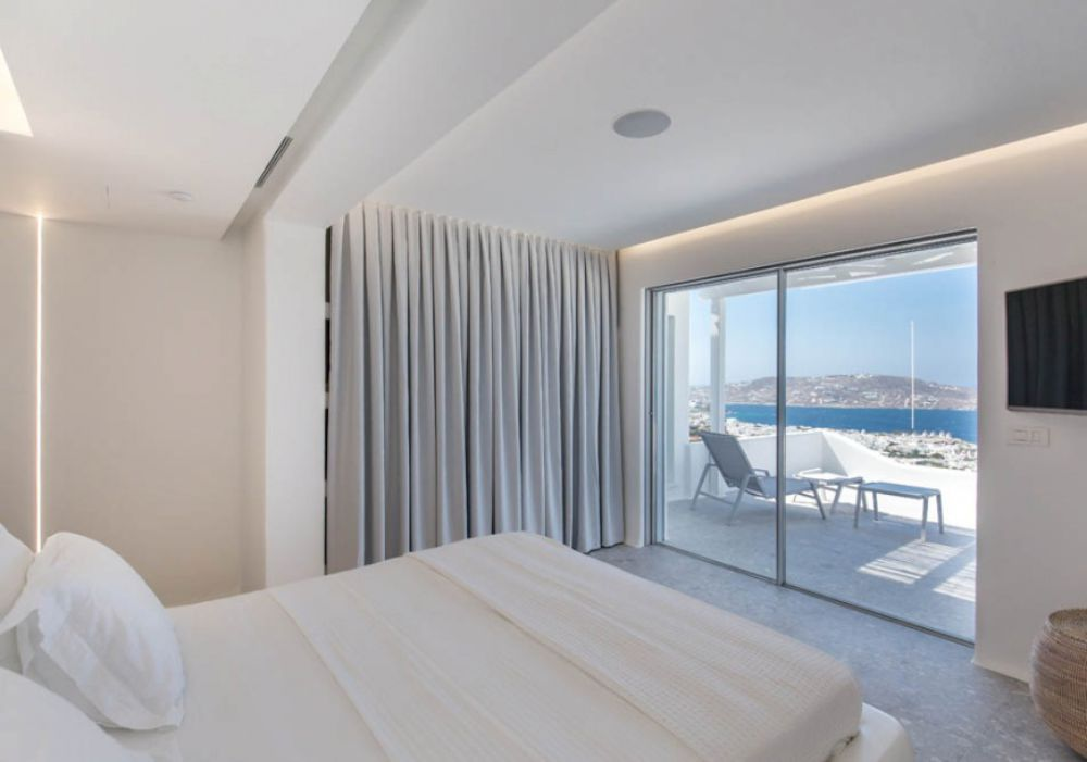 Down Town,Mykonos,Greece 84600,5 Bedrooms Bedrooms,5 BathroomsBathrooms,Villa,1025