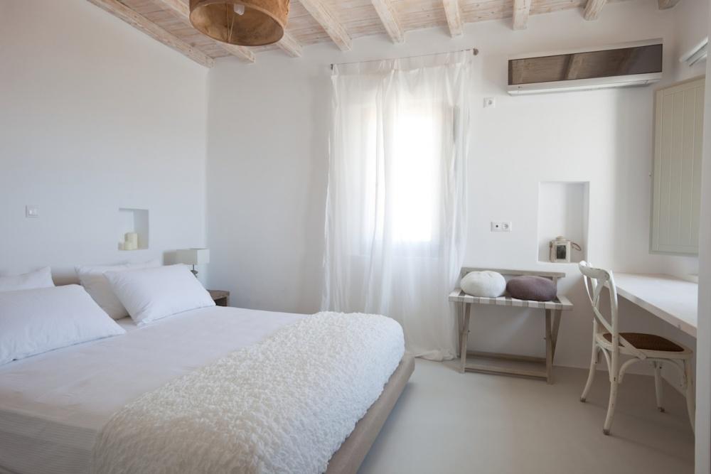 Kalafatis,Mykonos,Greece,5 Bedrooms Bedrooms,5 BathroomsBathrooms,Villa,1032