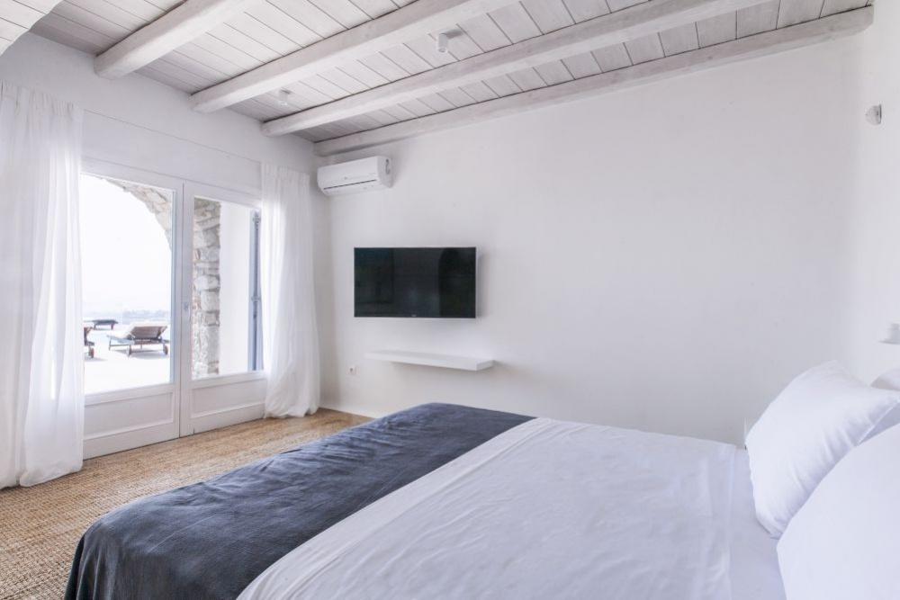 Mykonos,Greece,Greece 84600,6 Bedrooms Bedrooms,6 BathroomsBathrooms,Villa,1042